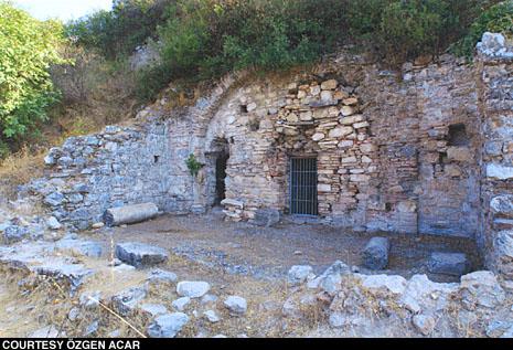 http://www.archaeology.org/online/news/jpegs/stpaul1.jpeg